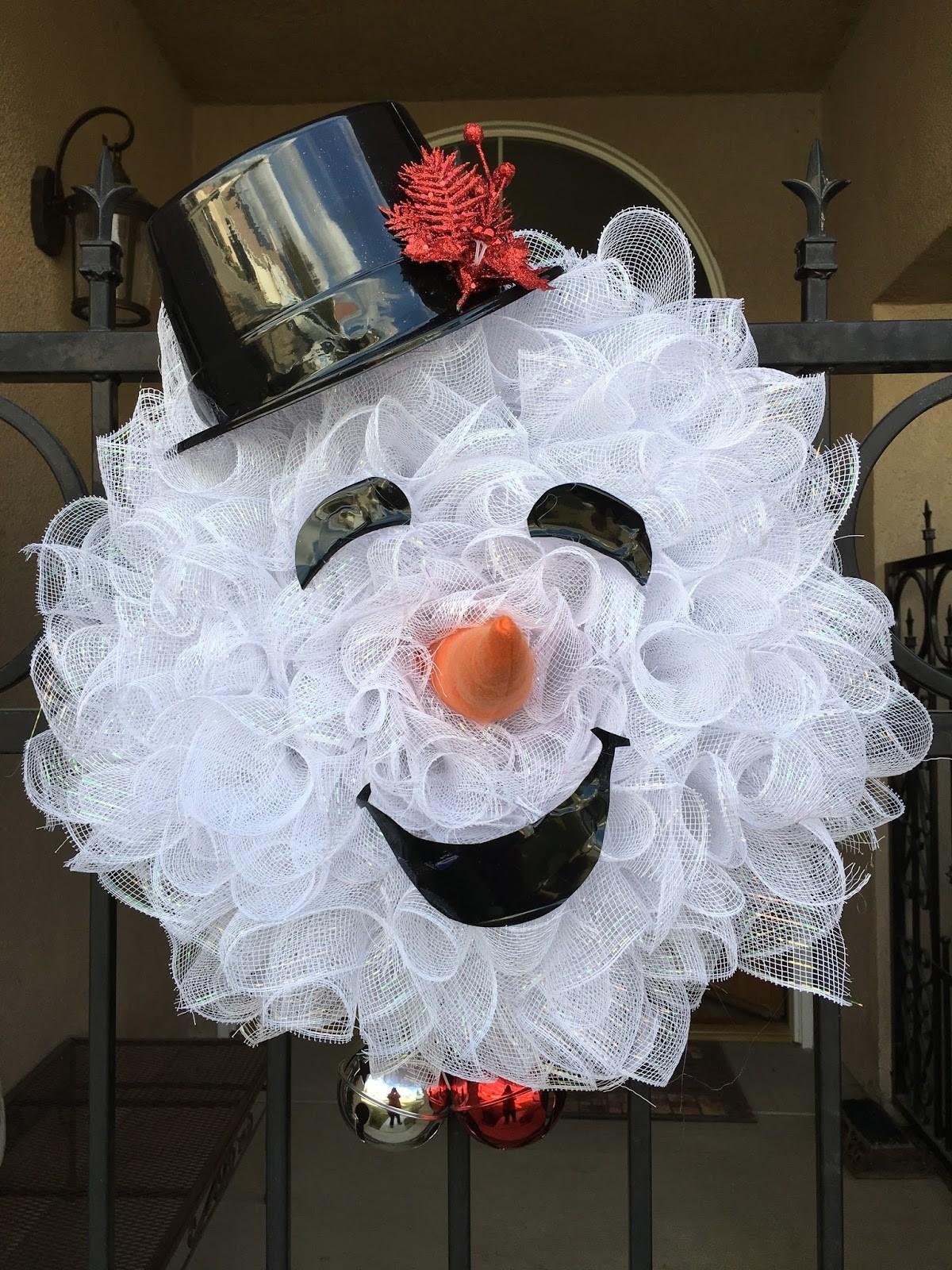 Just Because Quilts Mesh Snowman Wreath