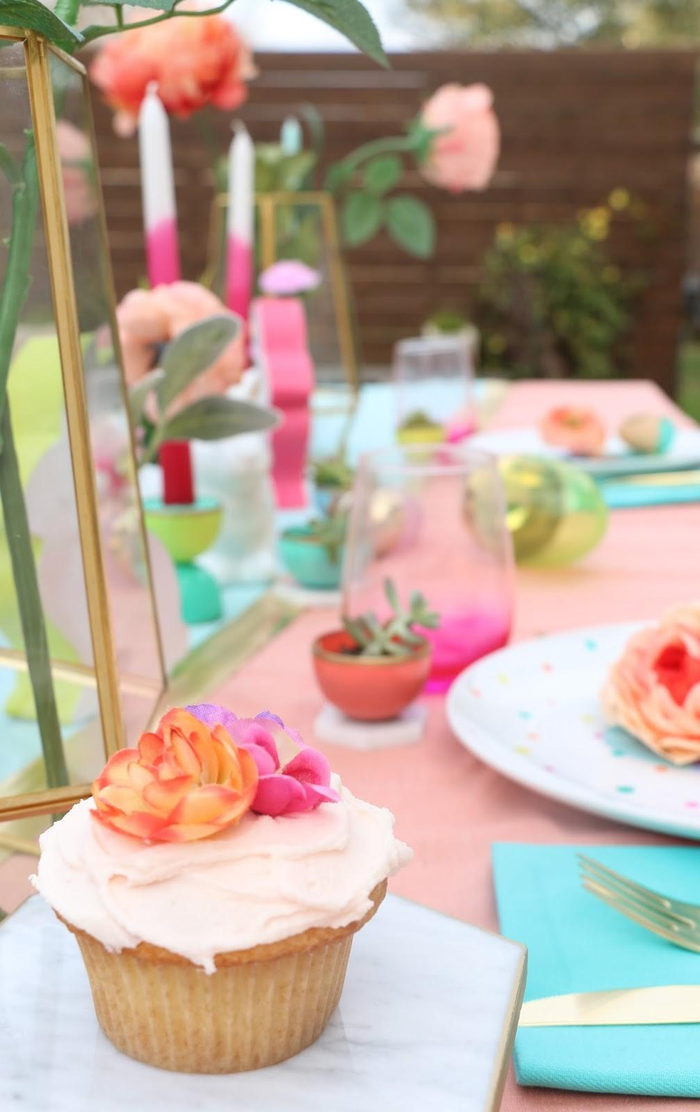 Kailo Chic Life Style Spring Table Setting