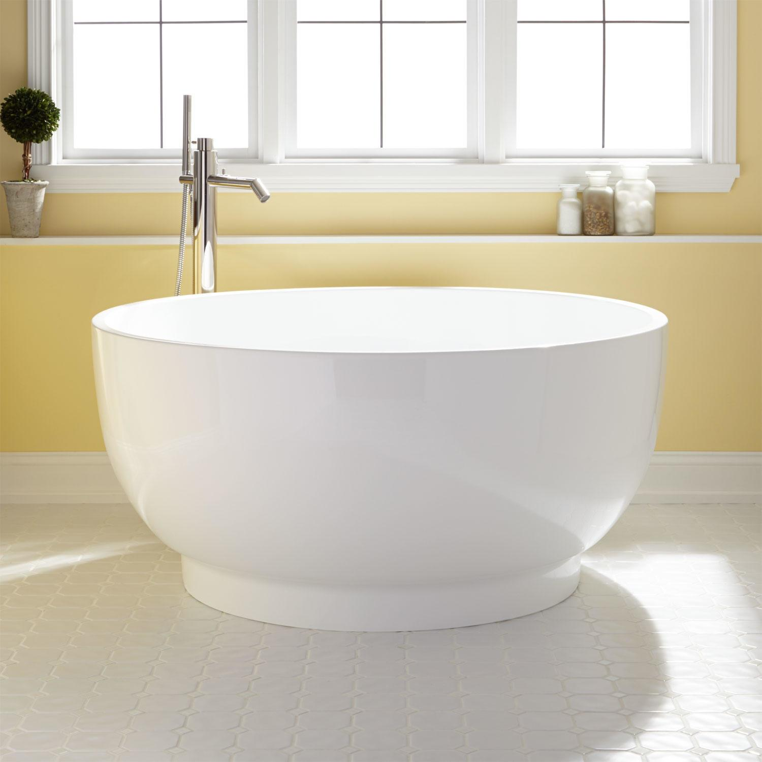 Kaimu Round Acrylic Japanese Soaking Tub Overflow