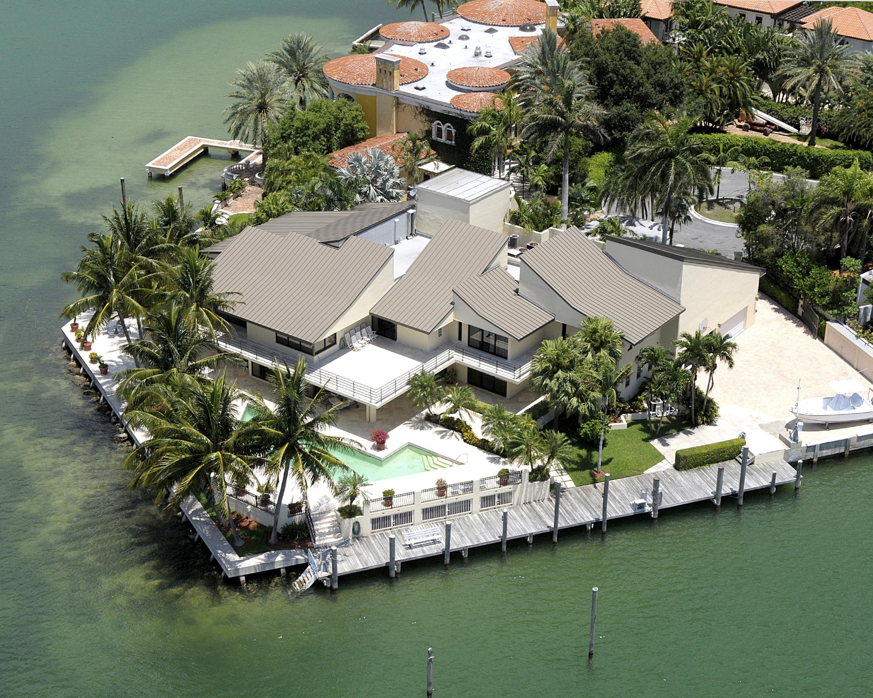 Key Biscayne Luxury Homes Waterfront