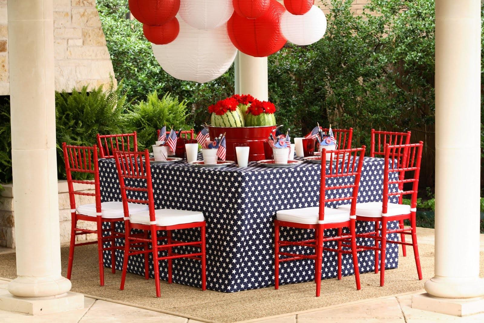 Kimberly Schlegel Whitman Fourth July Tablescape