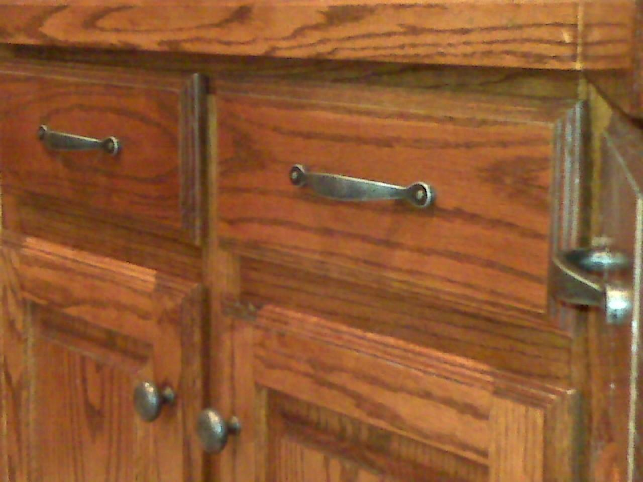 Kitchen Cabinet Pulls Knobs Door