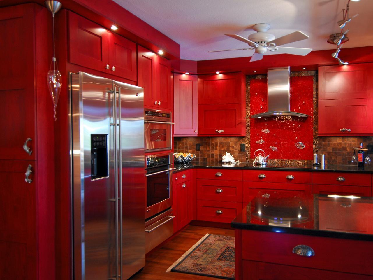 44 Best Red Kitchens That Will Help You Do More Fantastic Pictures Decoratorist