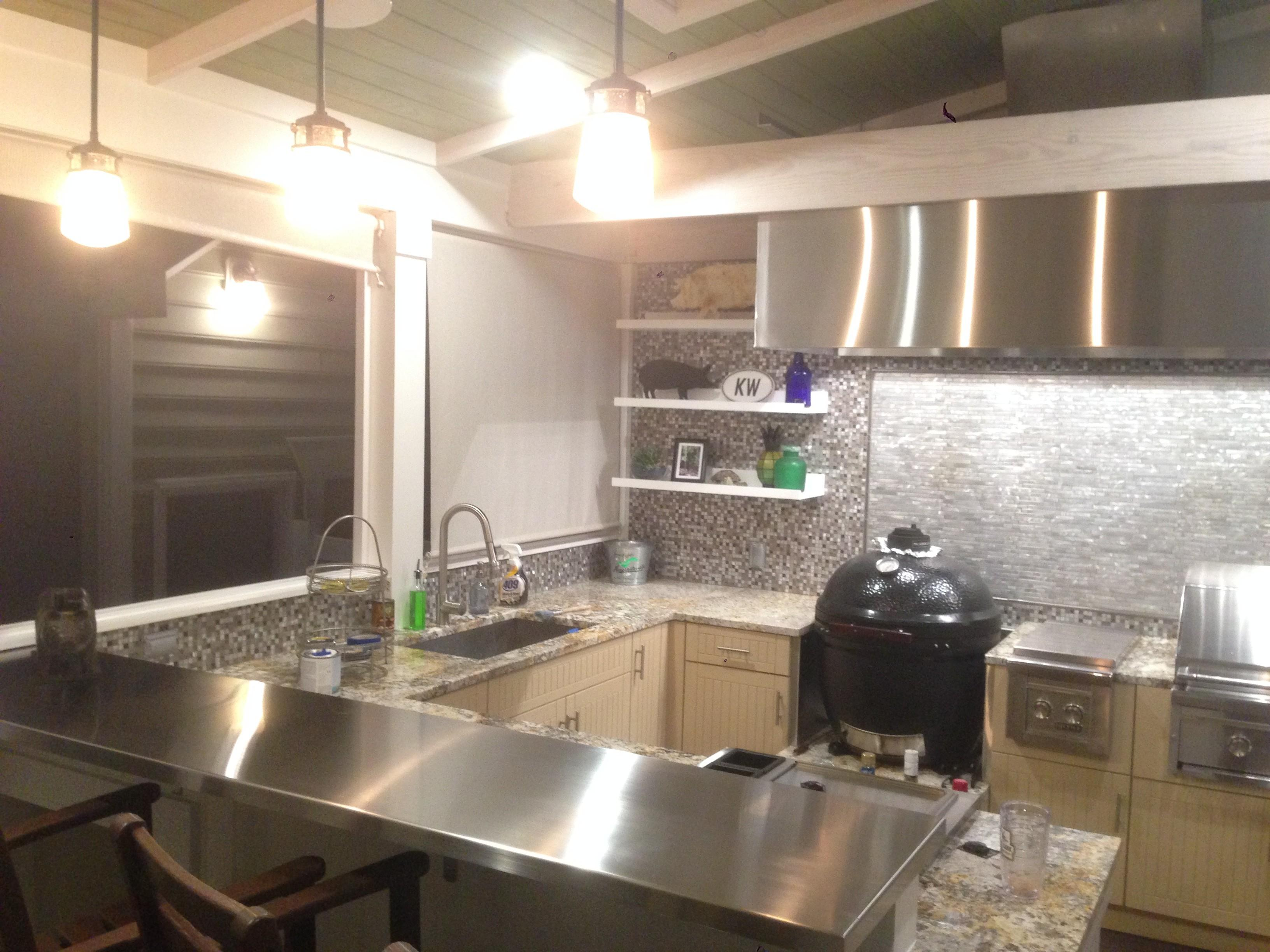 Kitchen Mozaic Pattern Gray Ceramics Backsplash