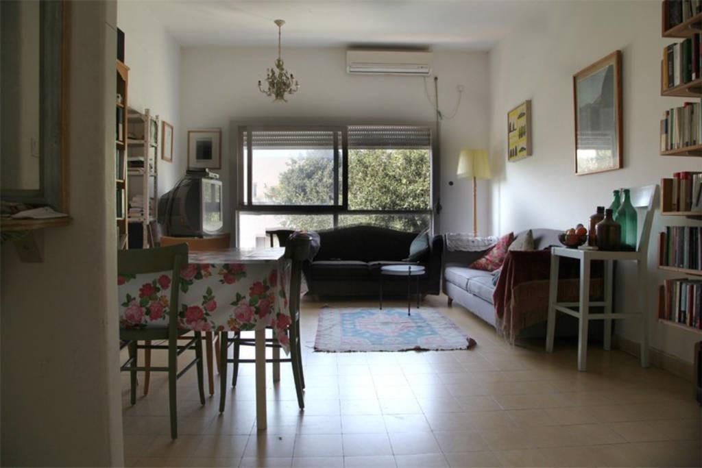 Large Apartment Middle Tel Aviv Center Quiet