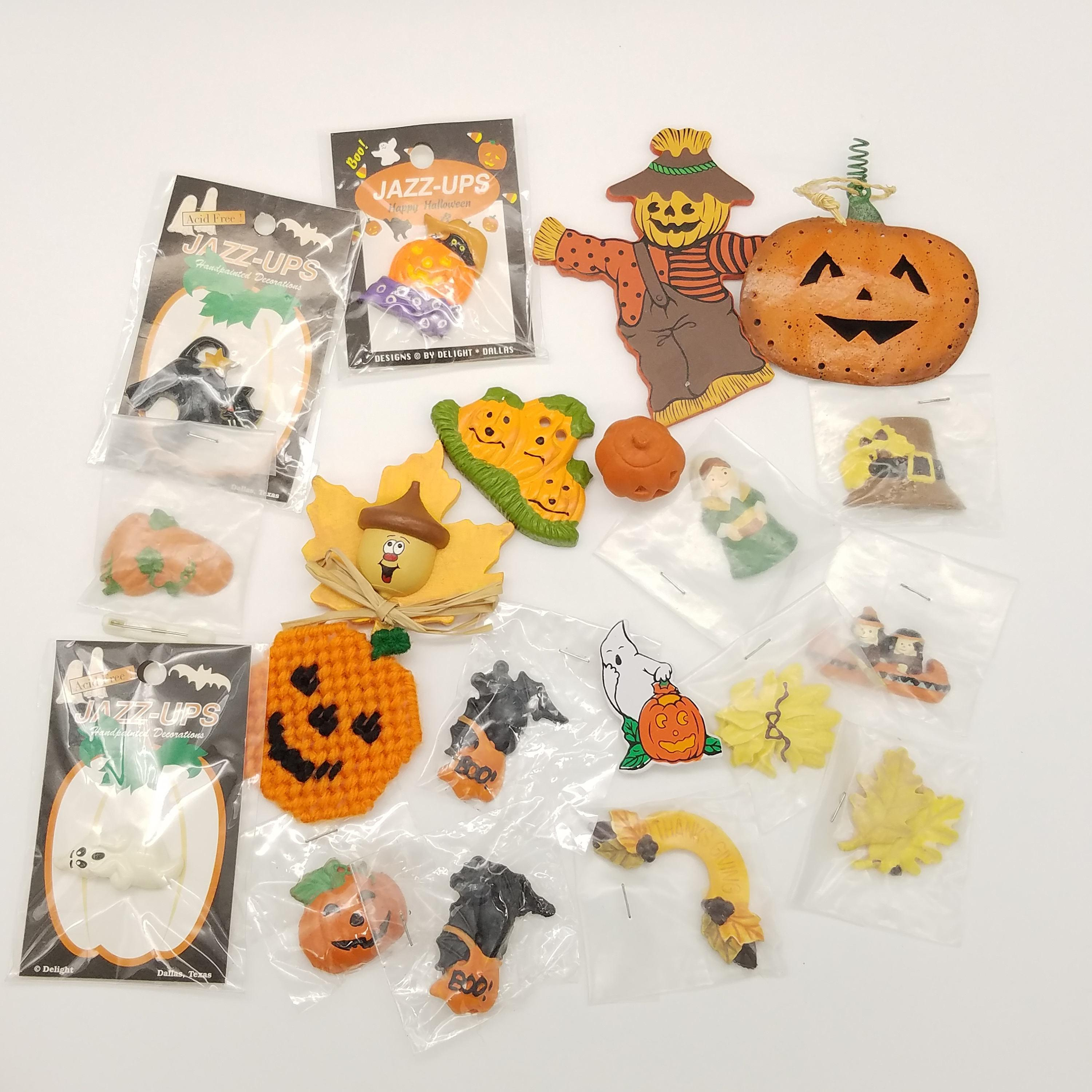 Large Lot Vintage Halloween Items Including Jewelry
