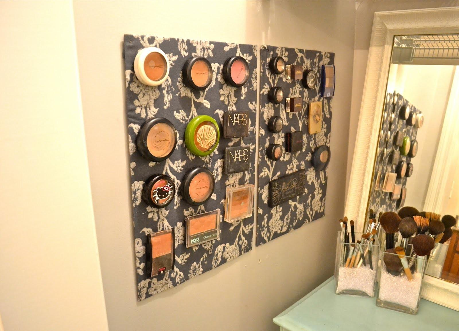 Laura Thoughts Make Magnet Board Round