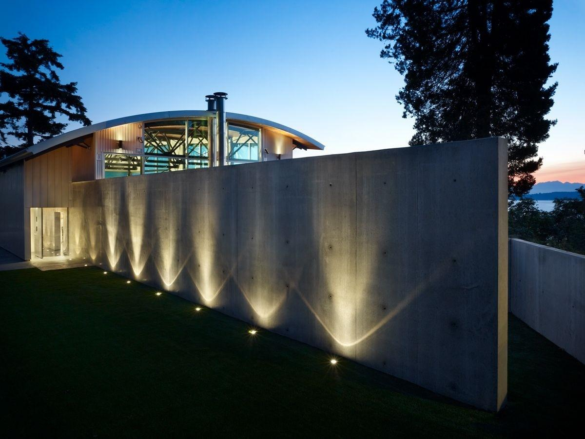 Lawrence Architects Combines Steel Glass Concrete