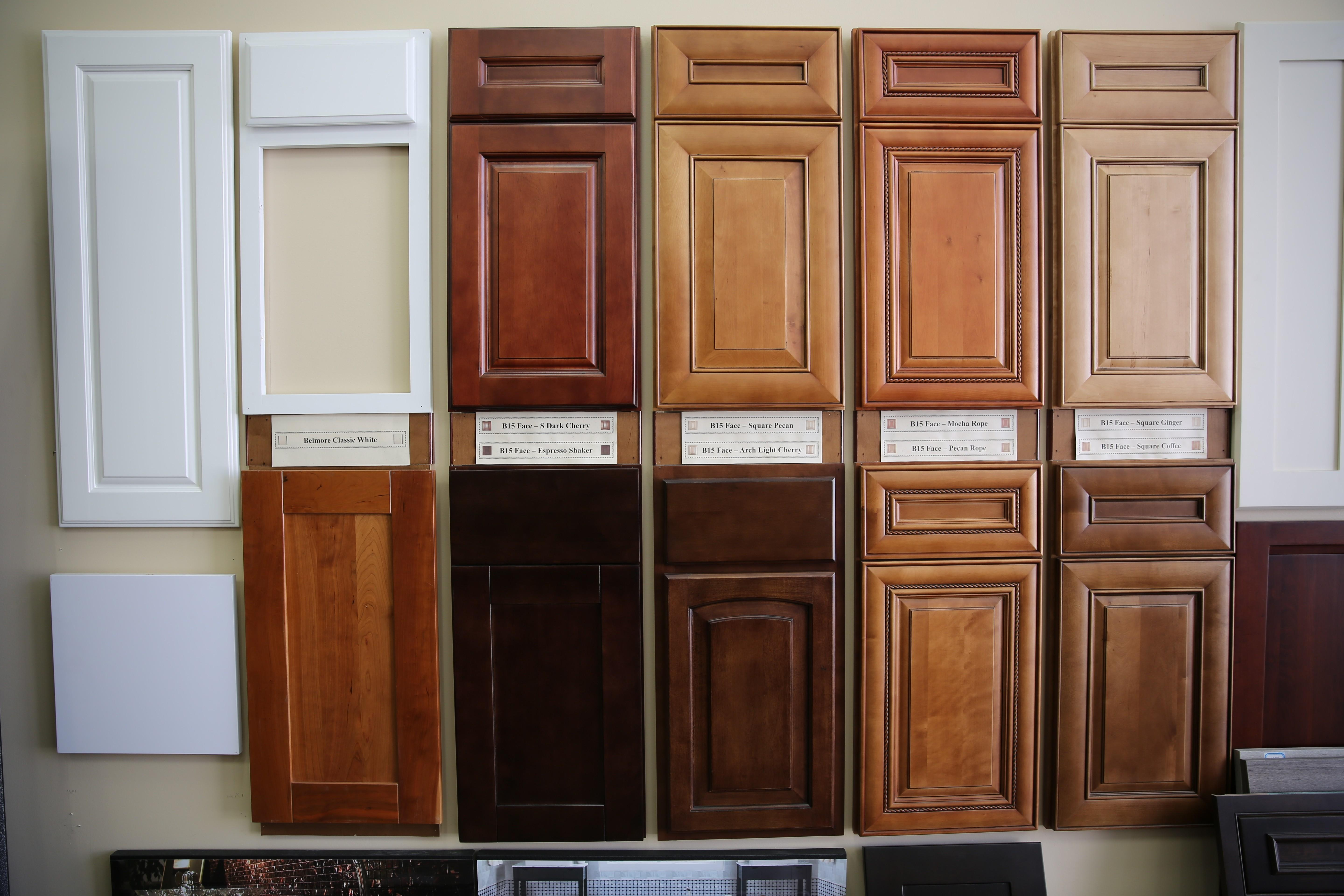 Layout Popular Kitchen Cabinets Good Choosing Most
