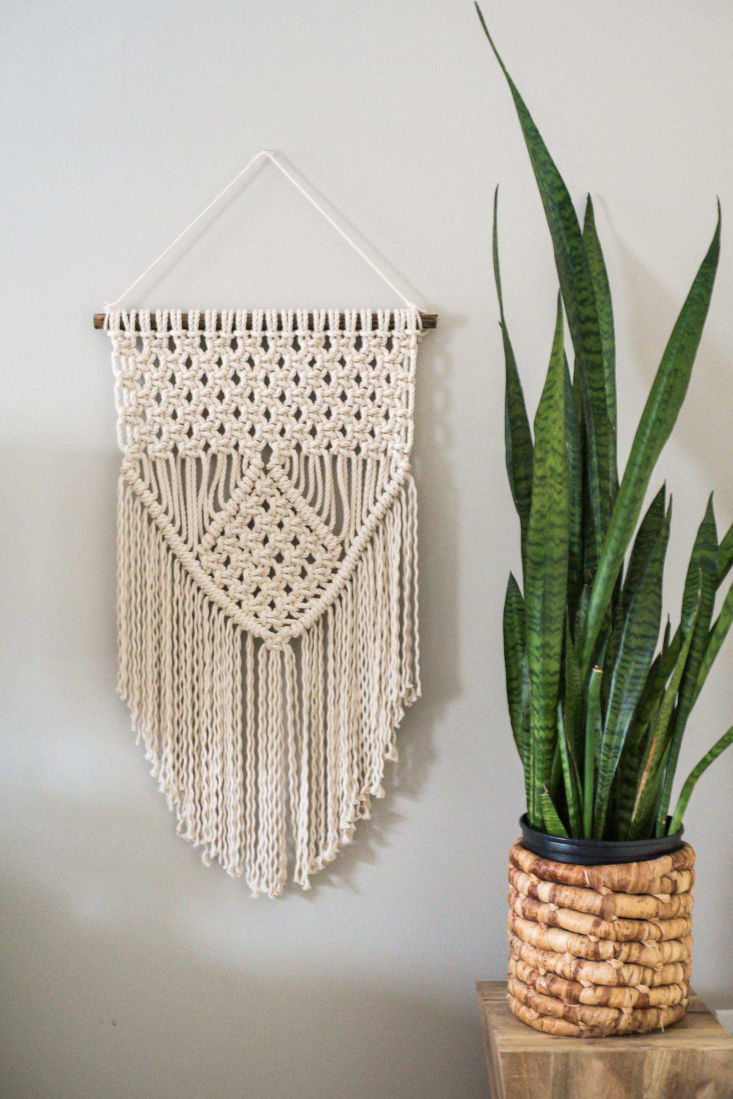 Learn Three Basic Macrame Knots Create Your Wall Hanging