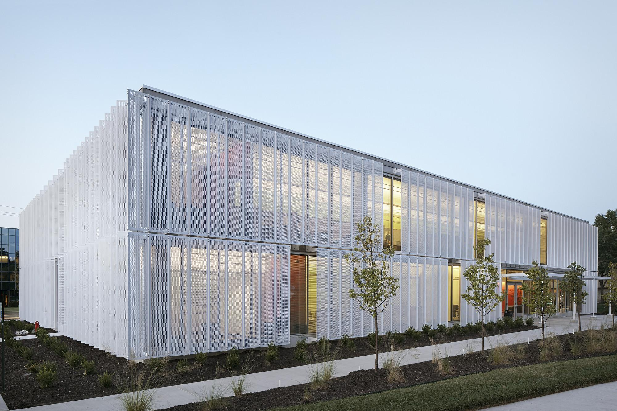 Leawood Speculative Office Dorado Archdaily