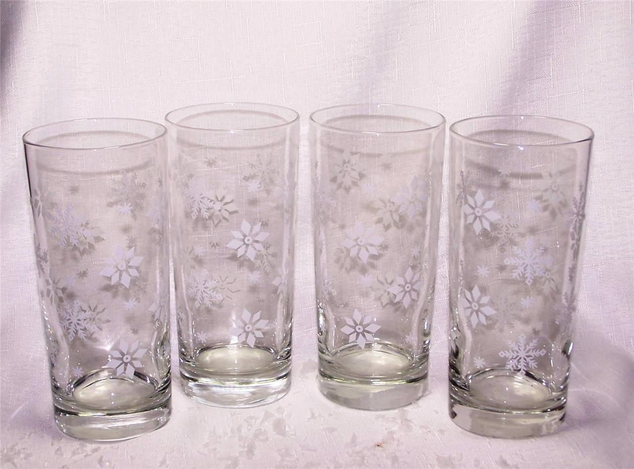 Libbey Glass Christmas 15oz White Snowflake Tumblers