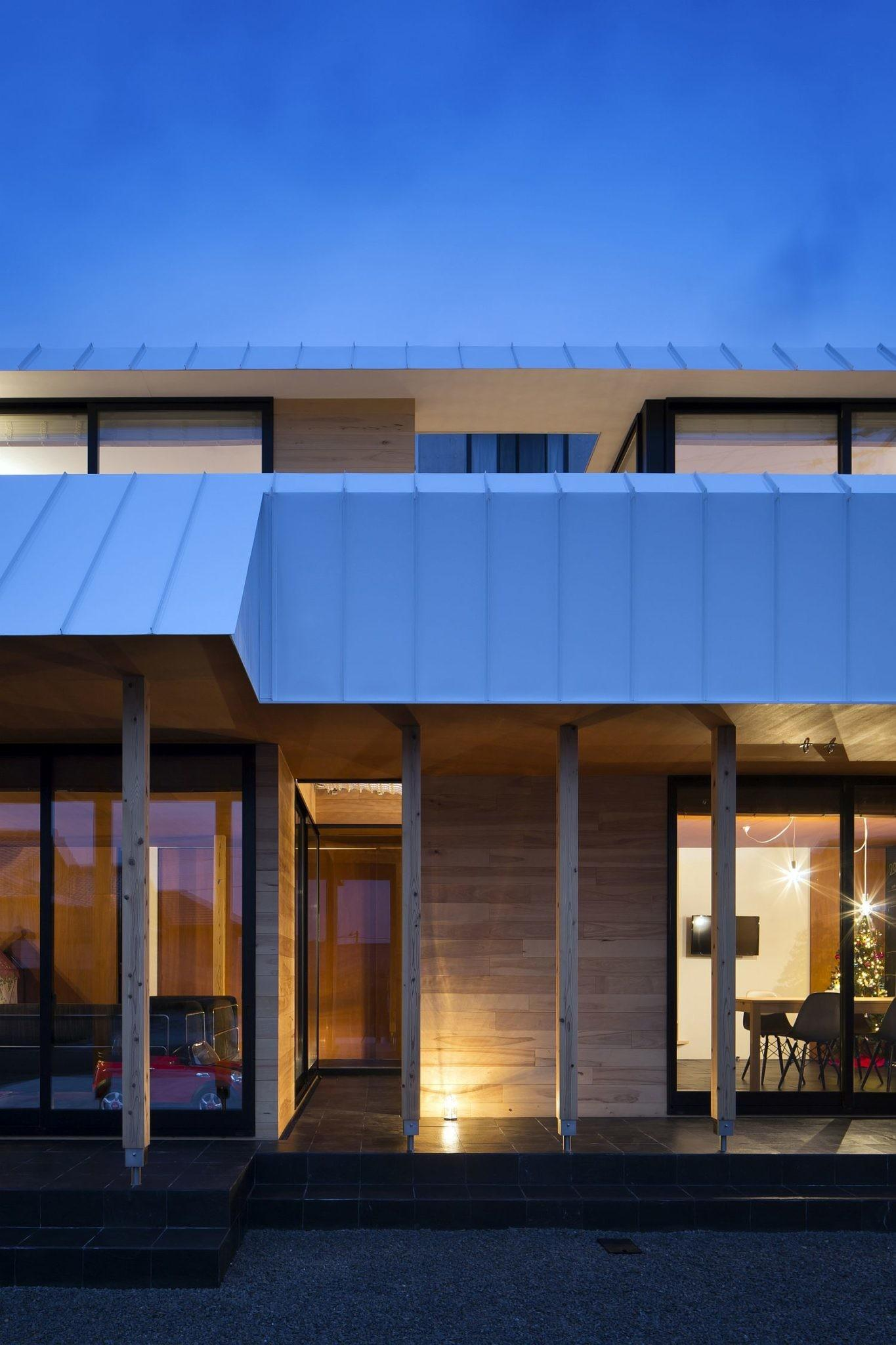 Light Filled Japanese Home Built Withstand
