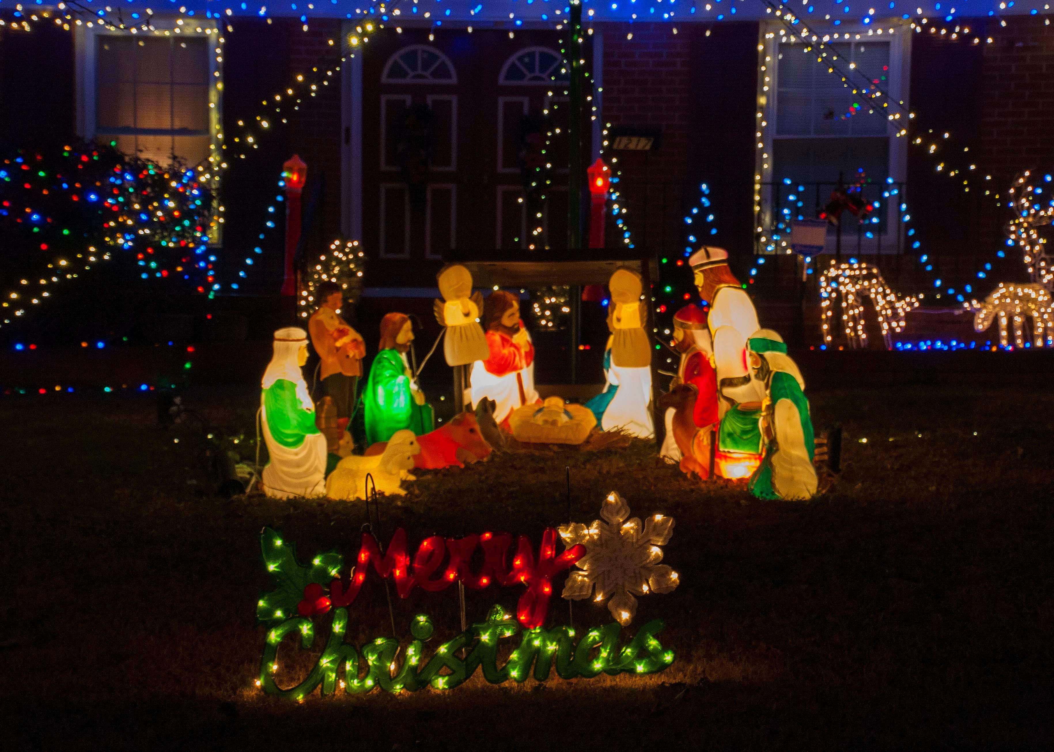 Lighted Christmas Yard Decorations Perfect