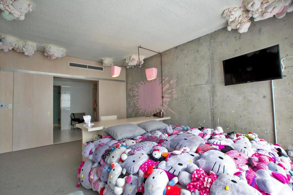 Line Hotel Reveals Much Anticipated Hello Kitty