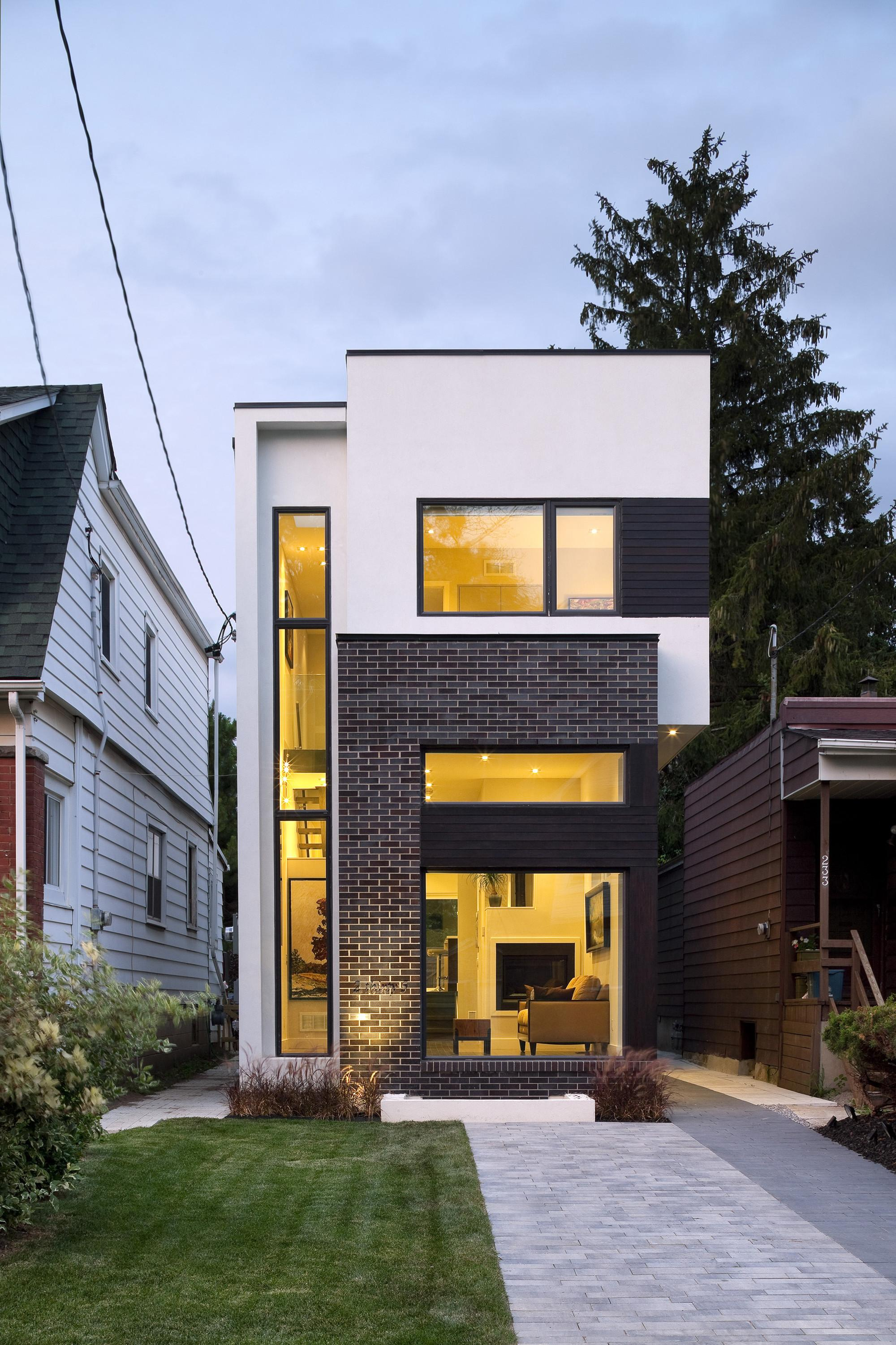 Linear House Green Dot Architects Archdaily