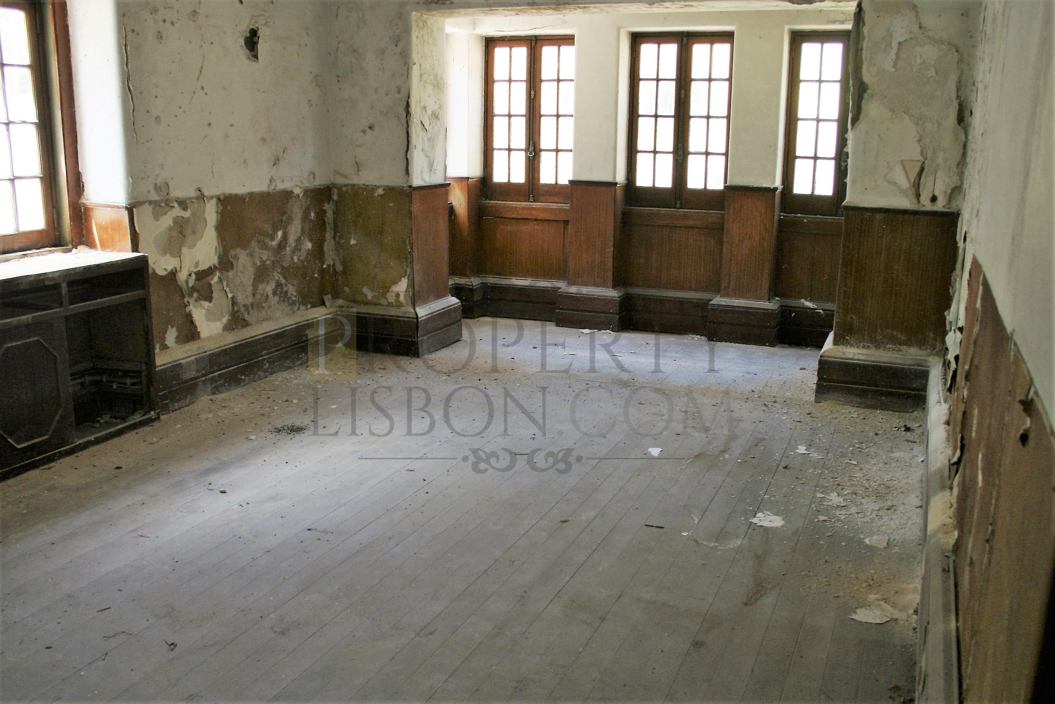 Lisbon Palacete Renovation 1125 Sqm Roma