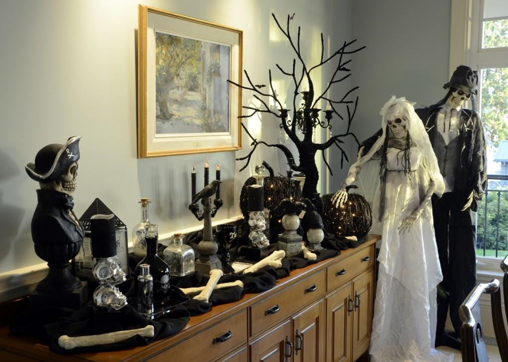 Lita Lane Decorating Our Home Halloween