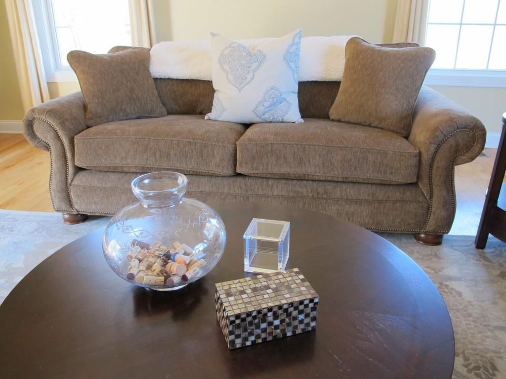 Living Room Coffee Table Decorating Ideas Liven