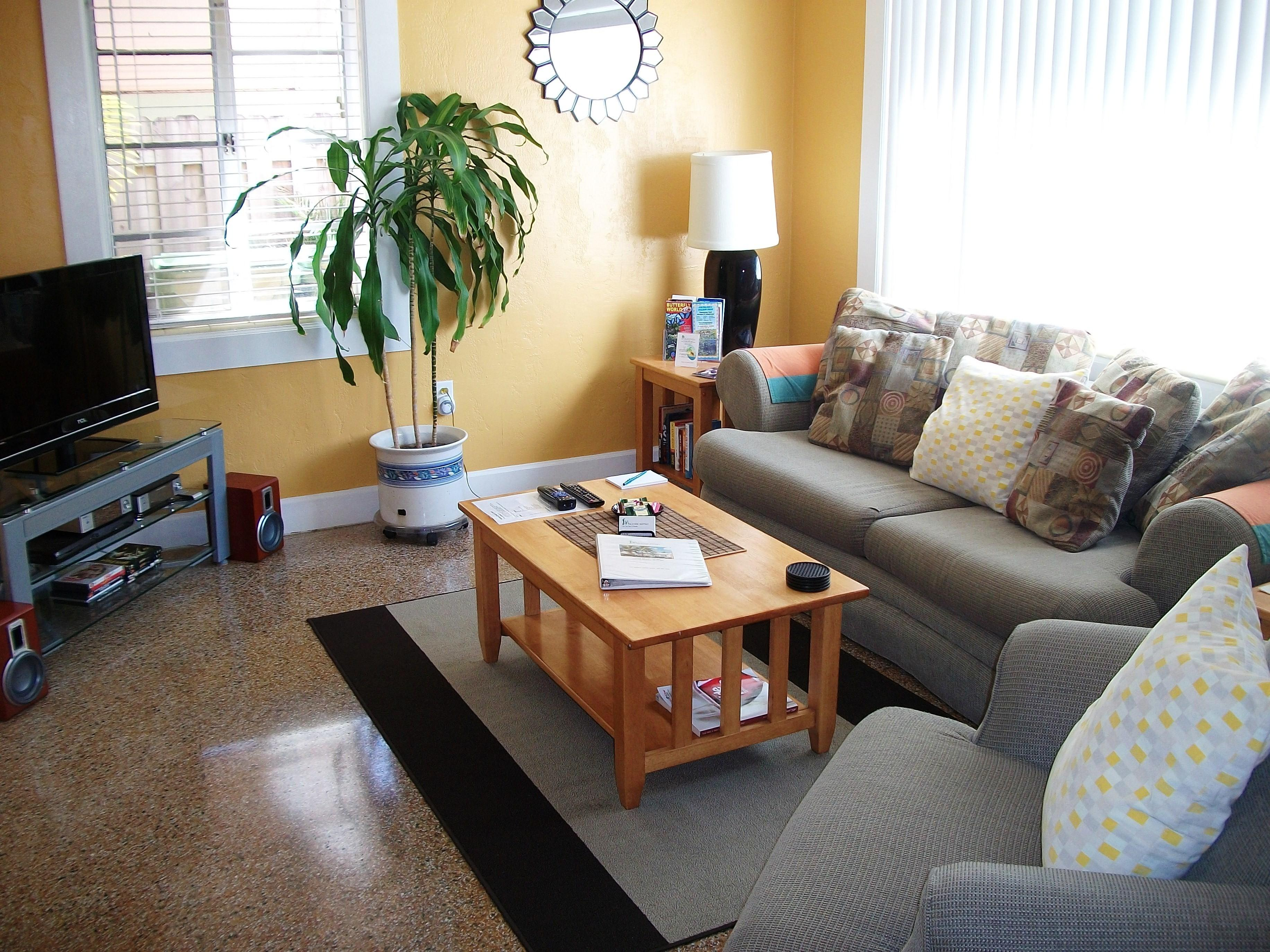 Living Room Cool Decorating Ideas Large Wall Behind