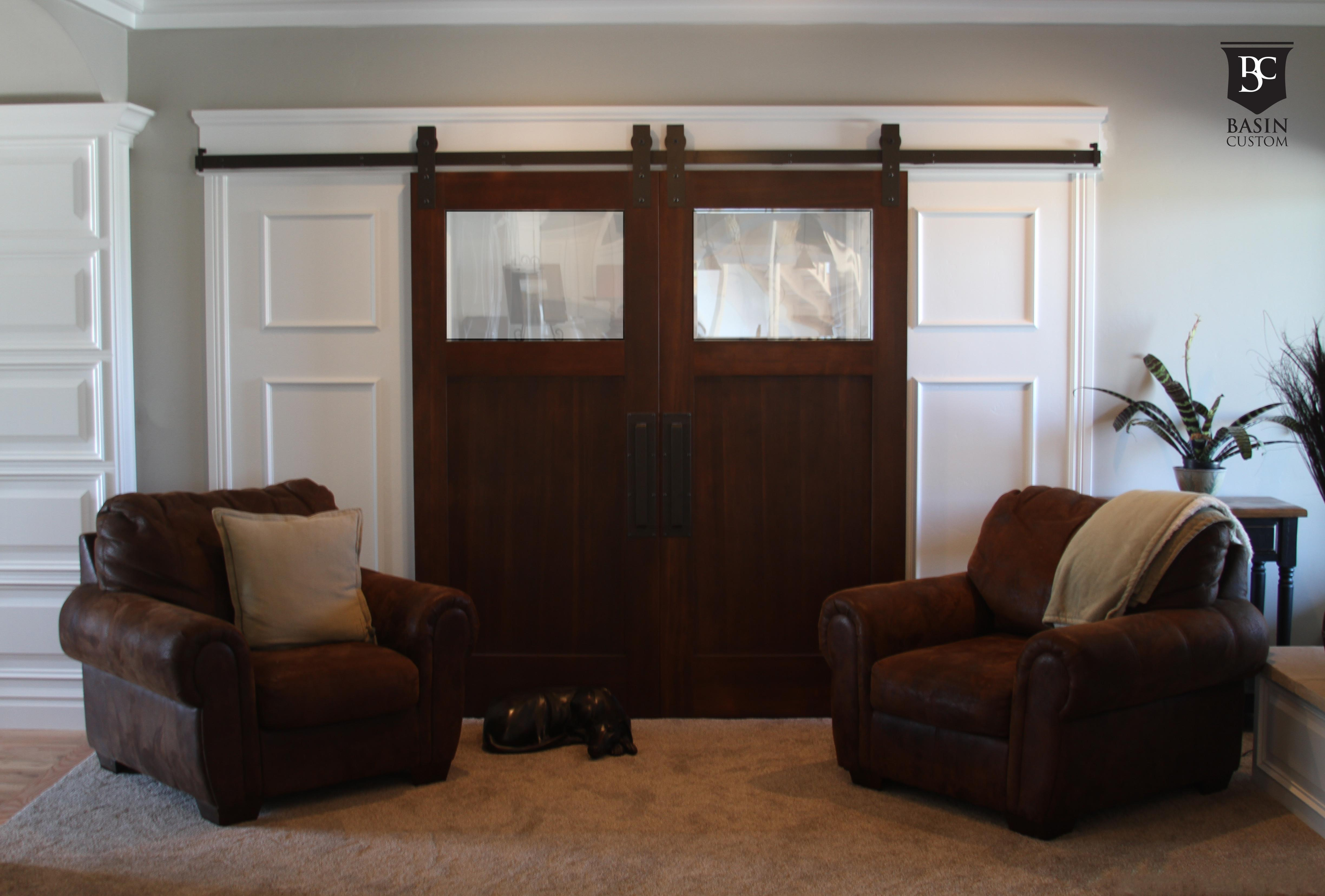 Living Room Features Traditional Leather Accent Chairs