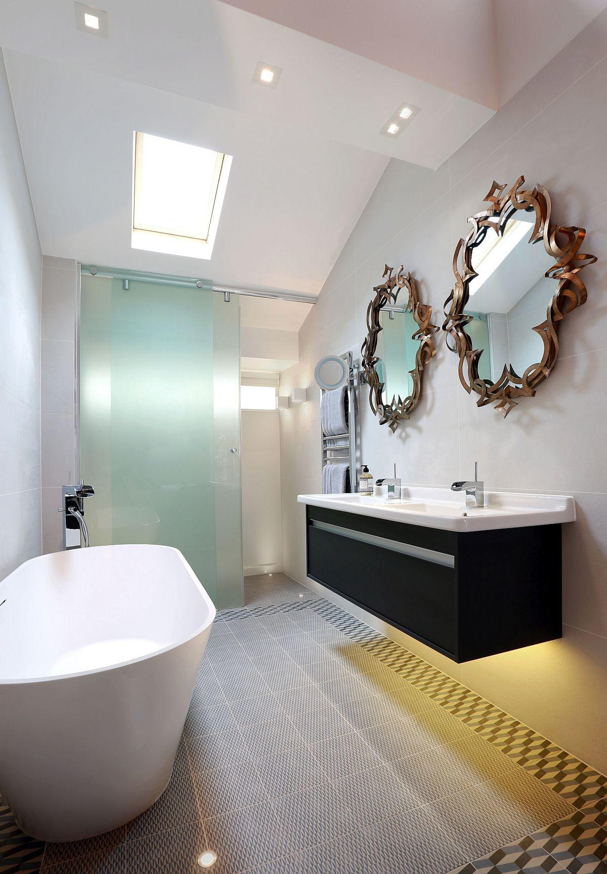London Finest High End Revamp 70s Townhouse Leaves