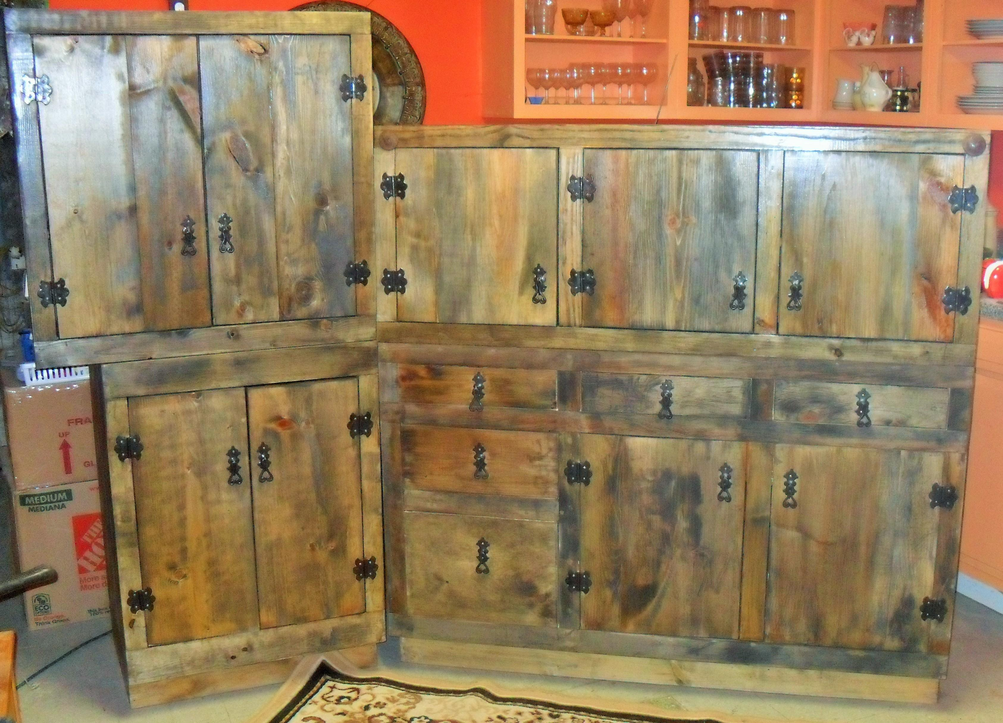 Lovely Barn Reclaimed Wood Rustic Kitchen Cabinets