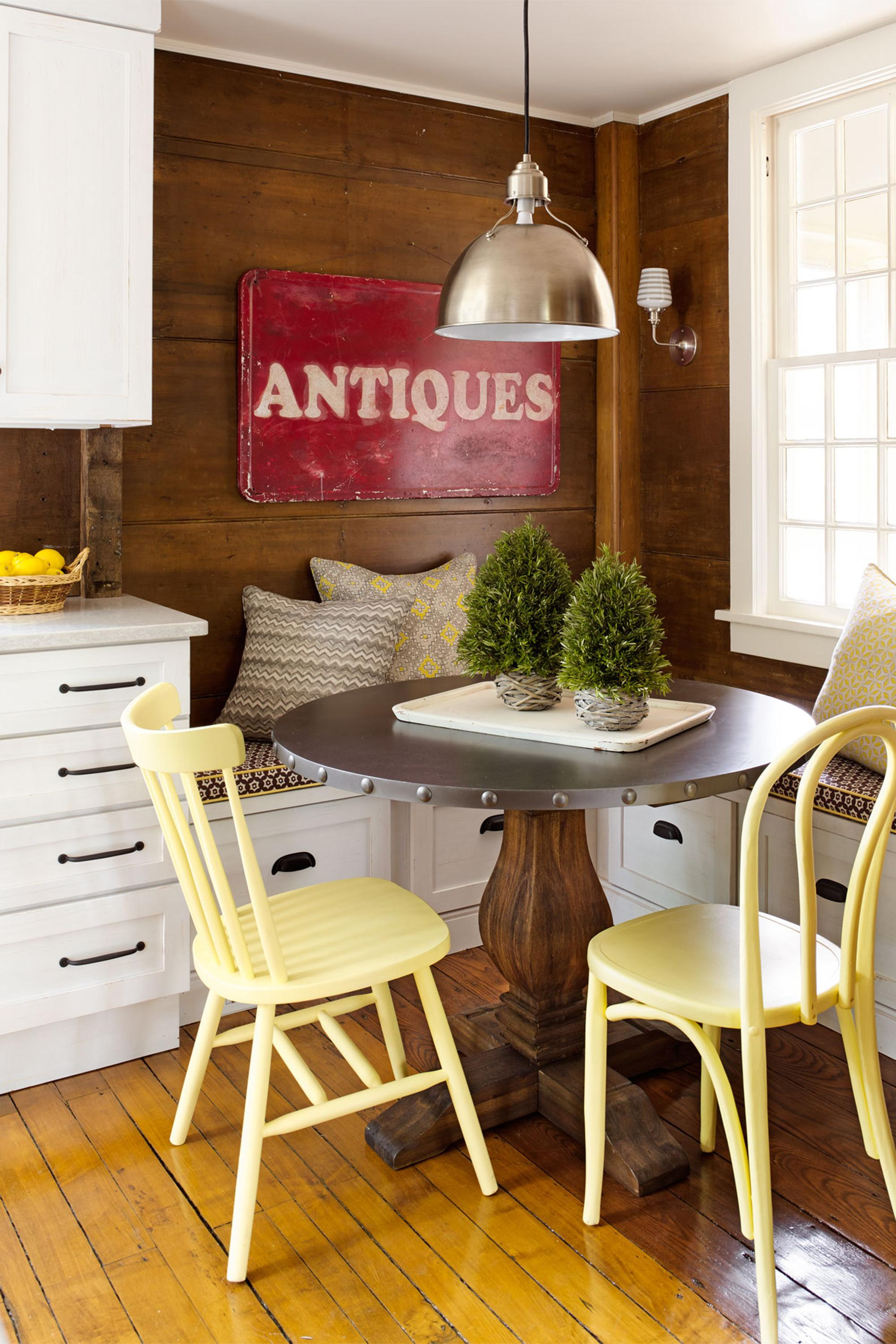 Lovely Country Breakfast Nook Home Interior Ideas