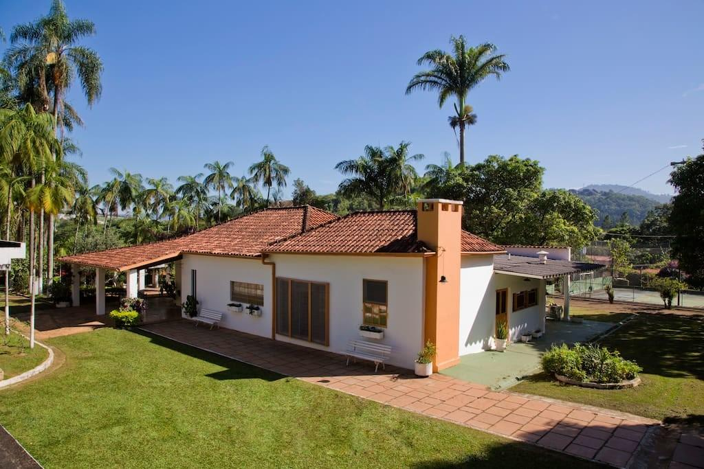 Lovely Country House Near Paulo Houses Rent