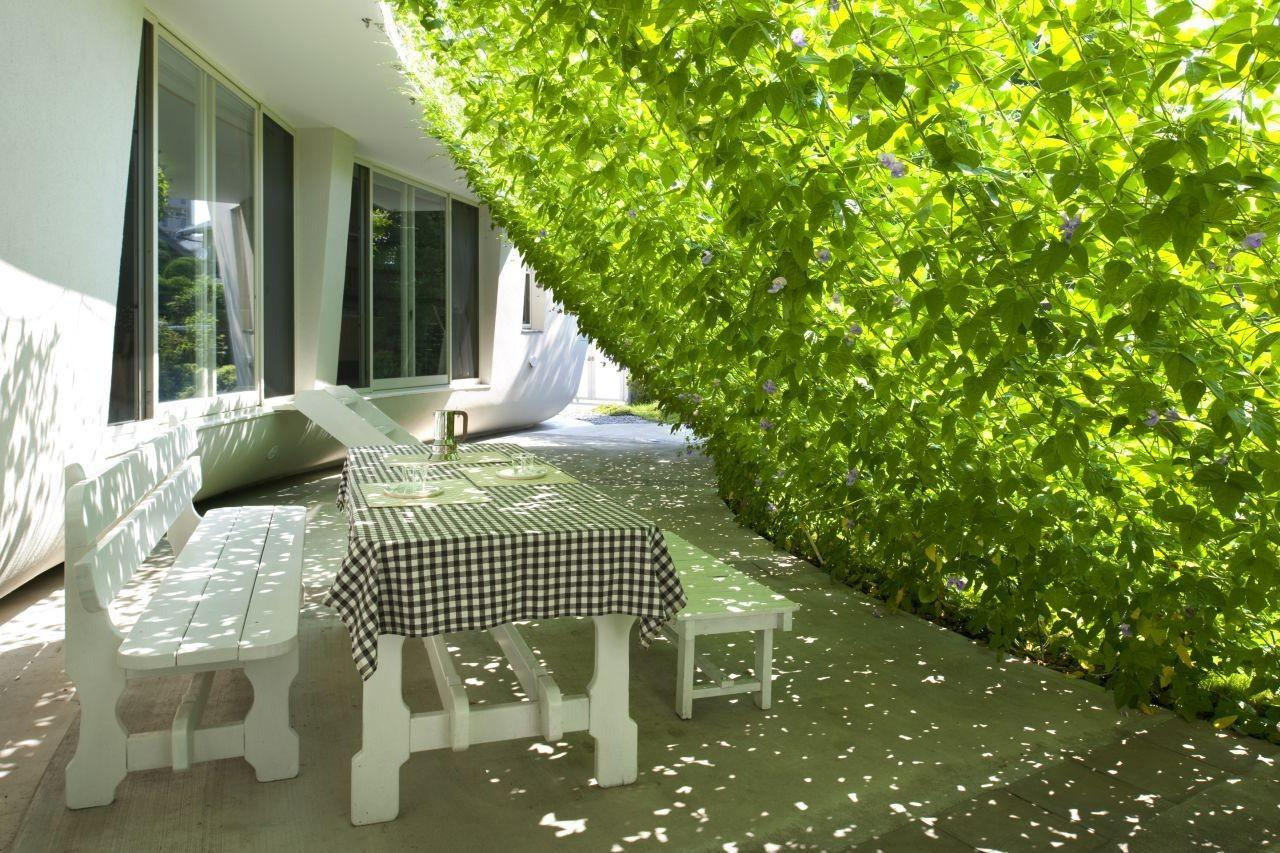 Lovely Green Wall Integrated Design Japanese