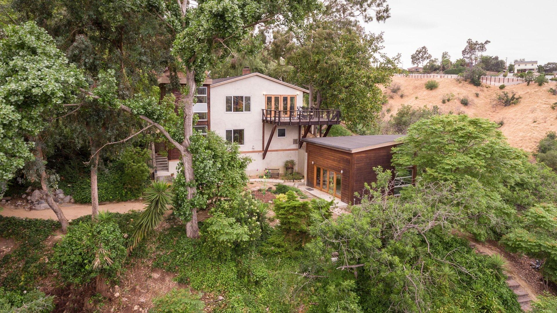 Luxurious Rustic Canyon Log Cabin Wild Past Lists