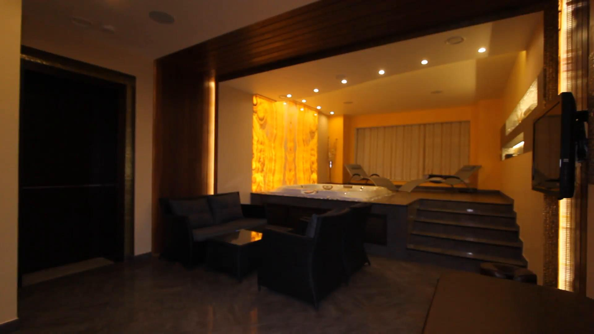 Luxury Apartment Interior Jacuzzi Hamam Spa