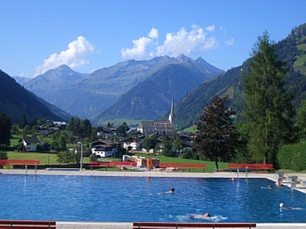 Luxury Bed Spacious Penthouse Within Spa Resort Rauris