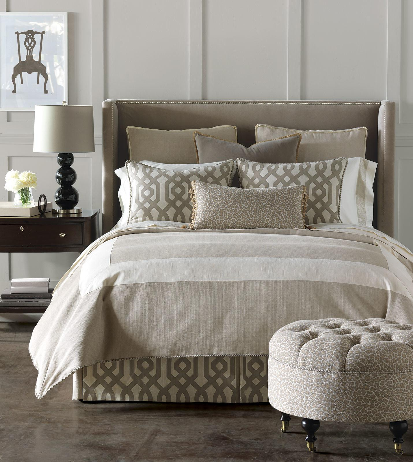 Luxury Bedding Eastern Accents Rayland Collection