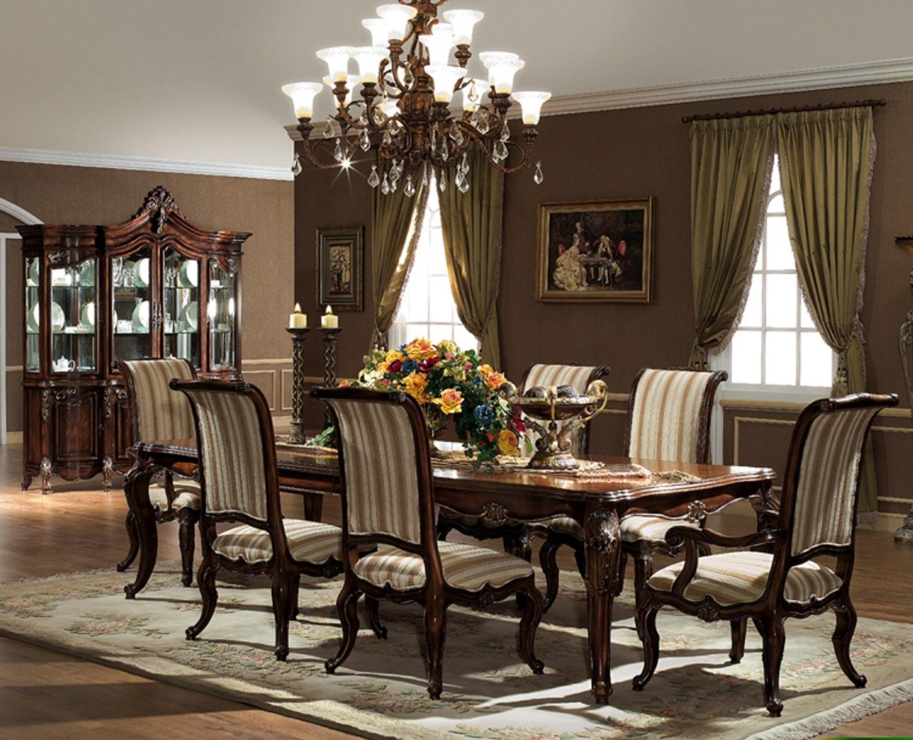 Luxury Dining Room Tables