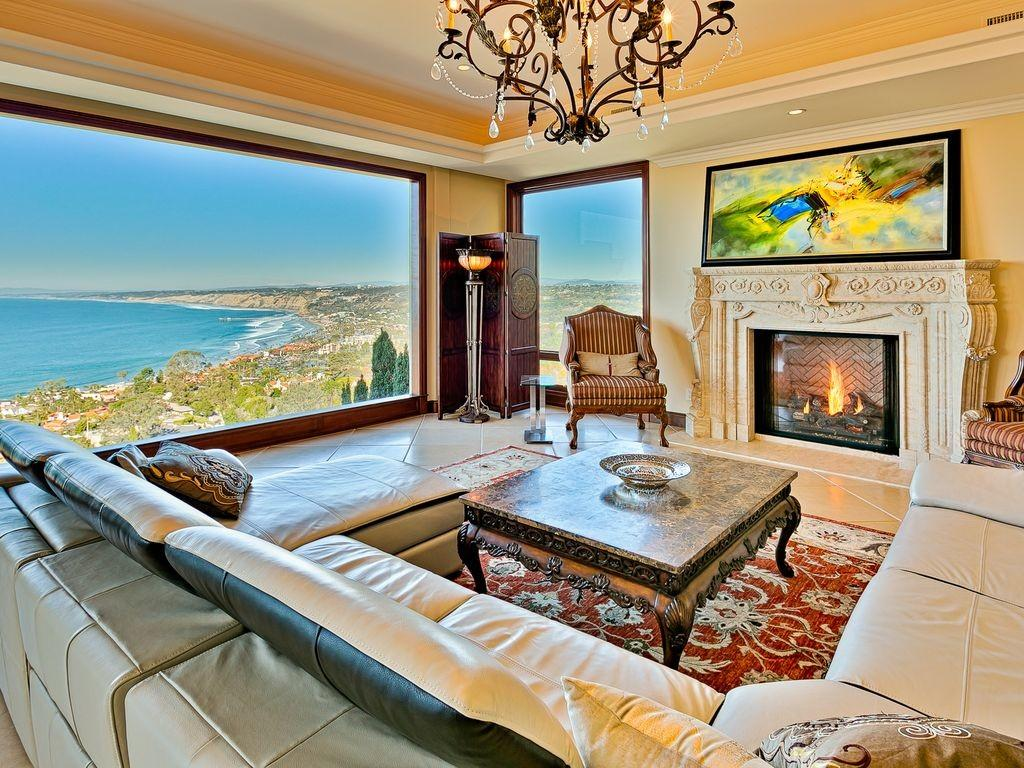 Luxury Finest Breathtaking Views Every Room