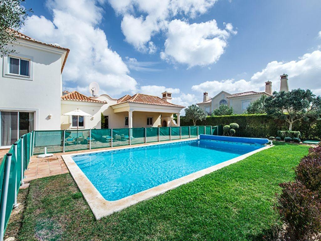 Luxury Fully Equipped Villa Private Pool Located