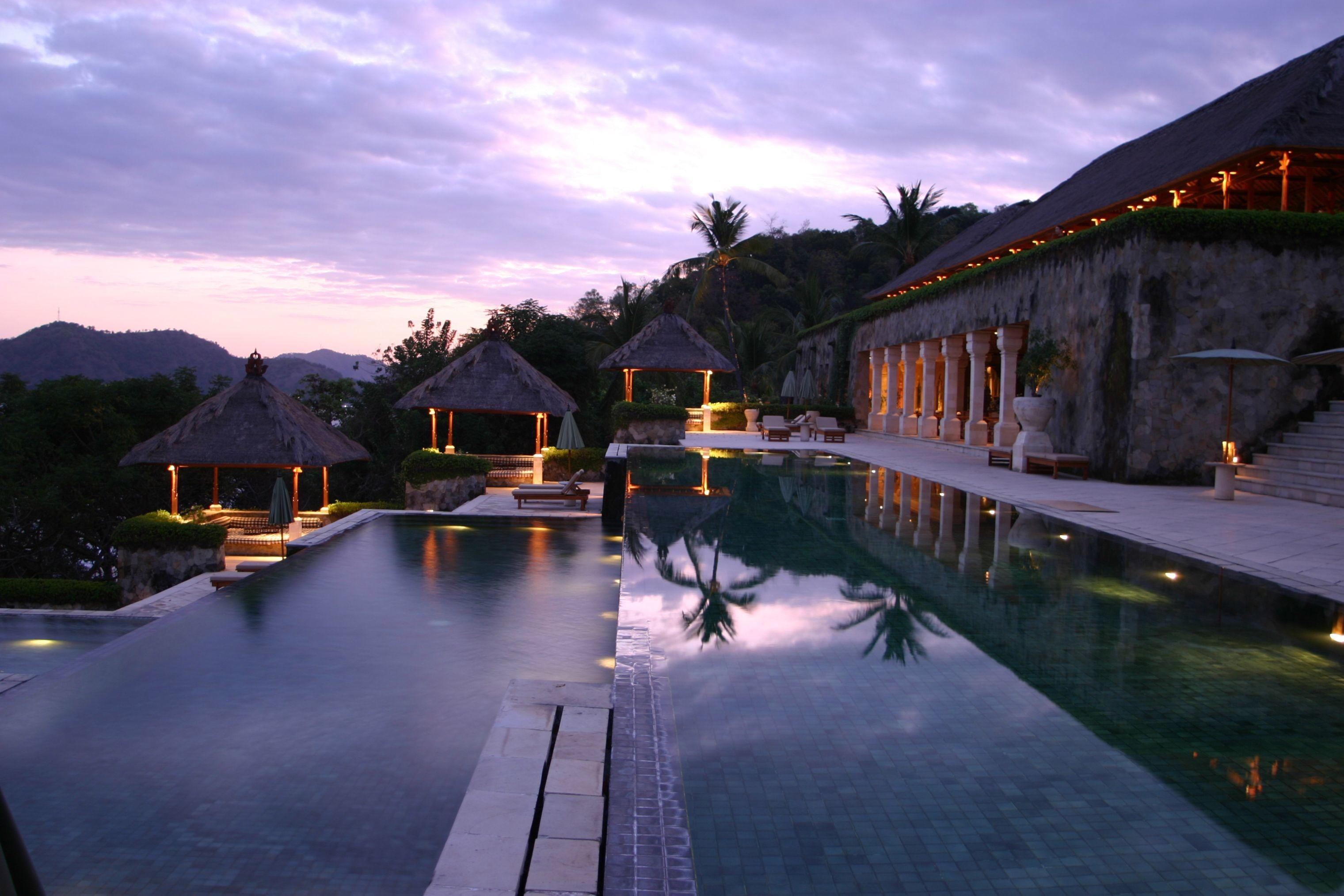 Luxury Honeymoon Destinations Top