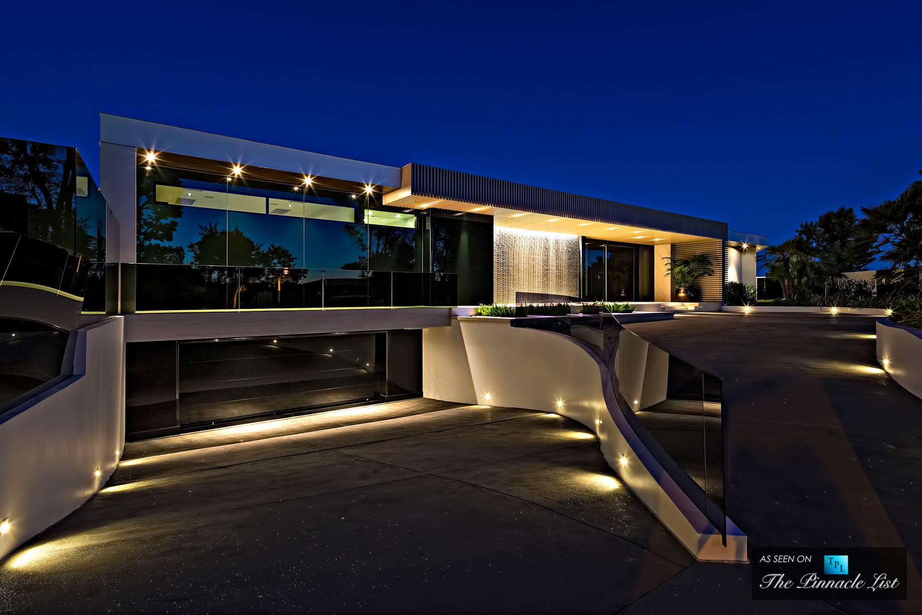 Luxury Residence 1181 North Hillcrest Beverly Hills