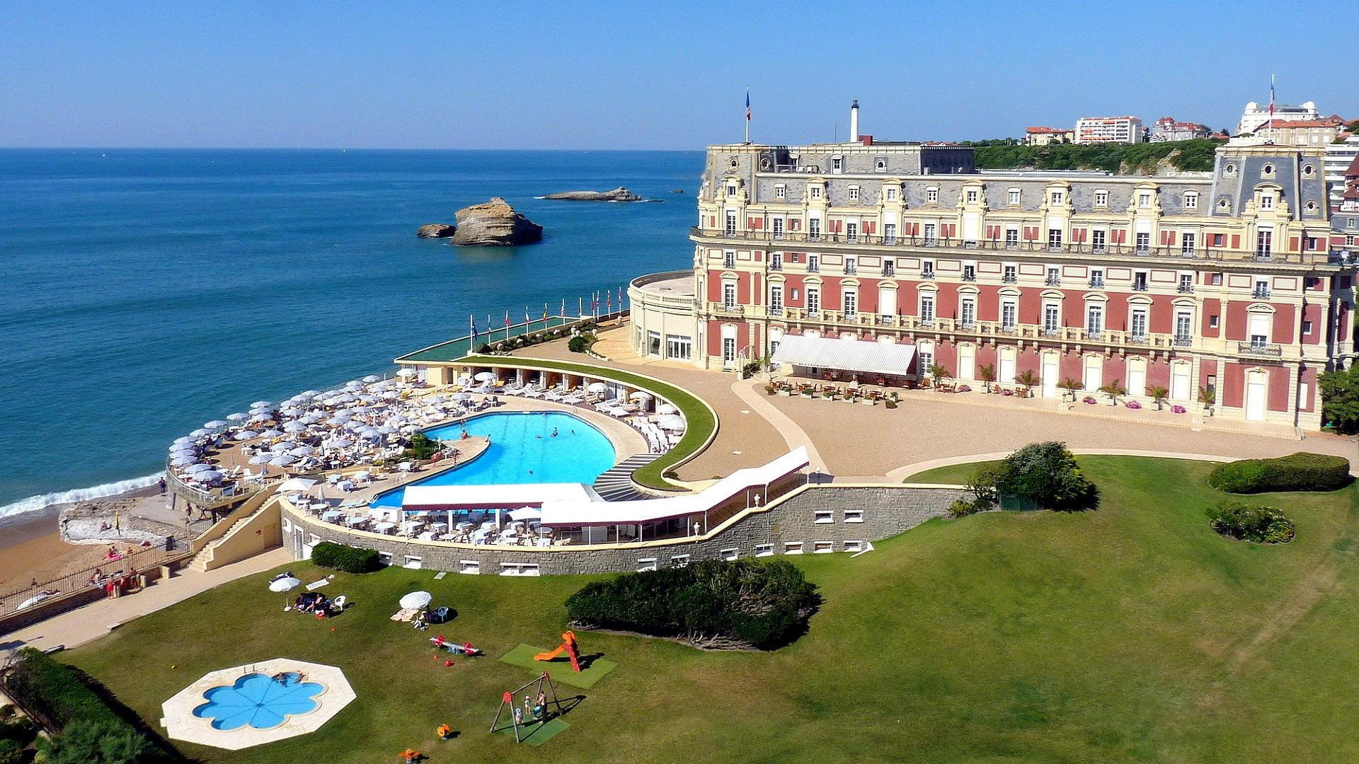 Luxury Spa Hotels France Day