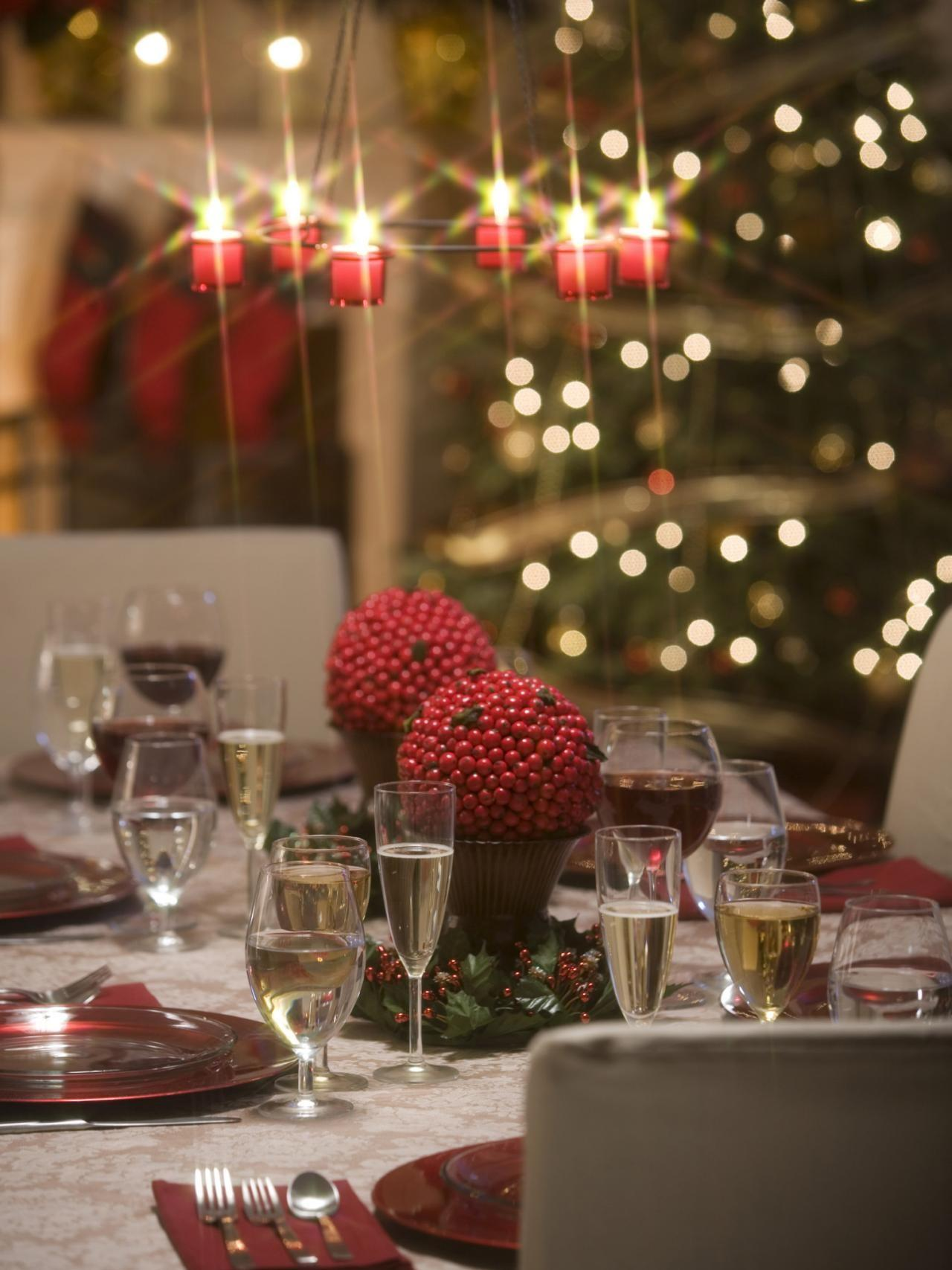 Make Chandeliers Table Settings Sparkle