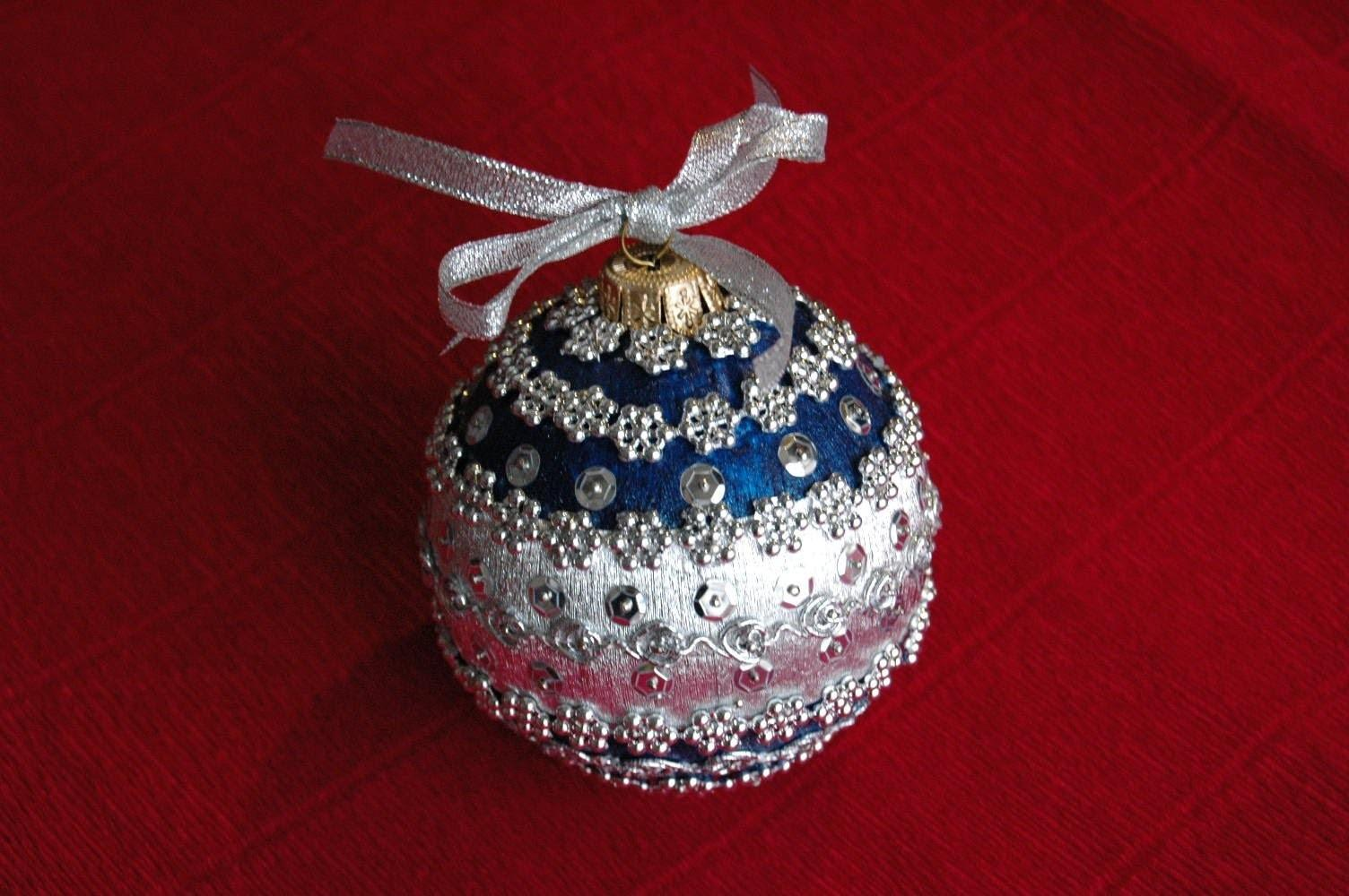 Make Christmas Ball Ornament Diy