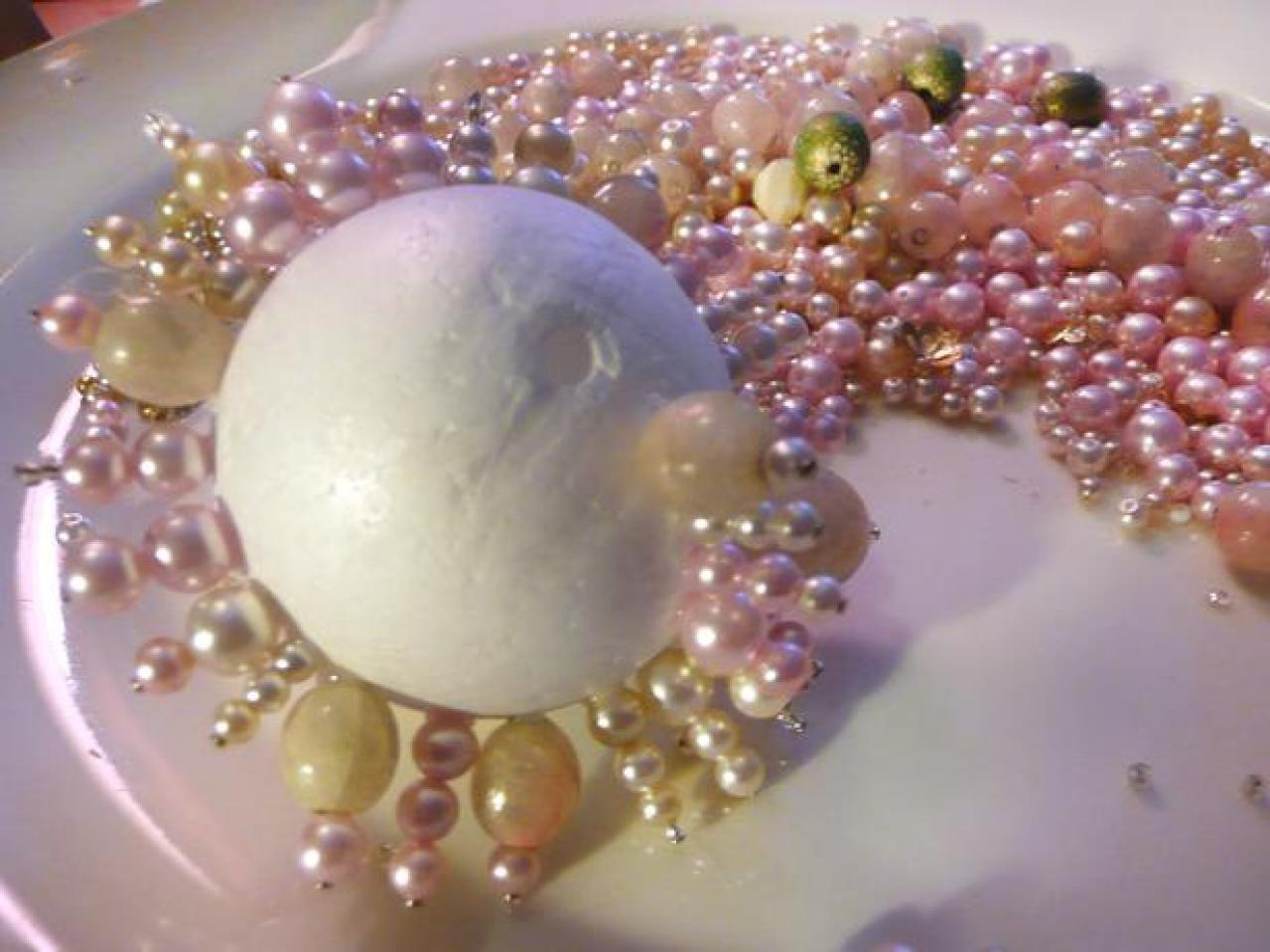 Make Christmas Ornaments Old Necklaces Craft