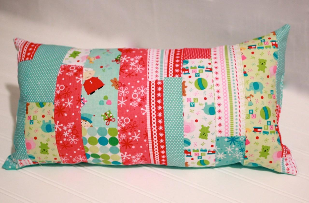 Make Christmas Pillow Fabric Scraps 365 Days