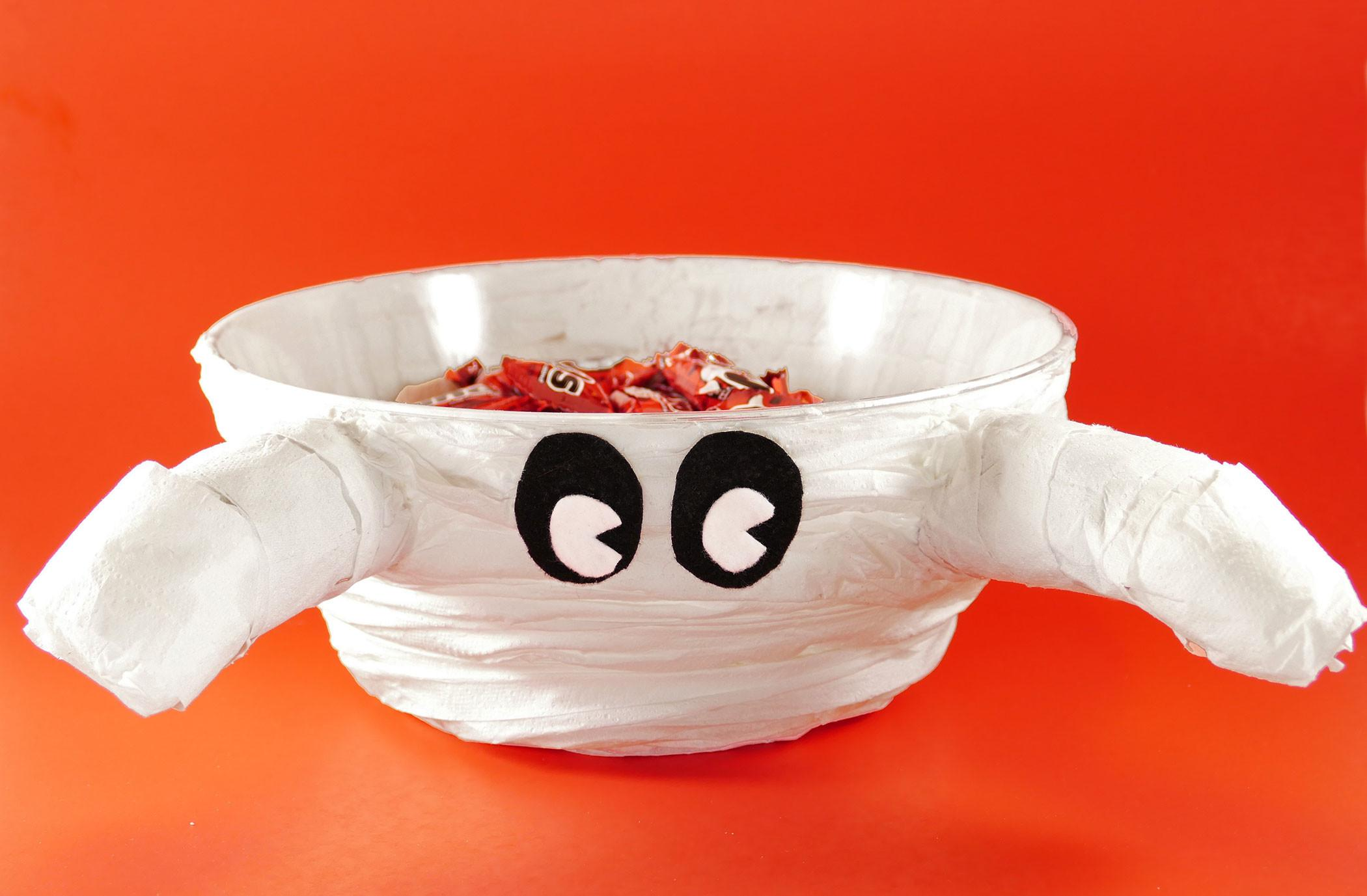 Make Cute Mummy Halloween Candy Bowl Last Minute