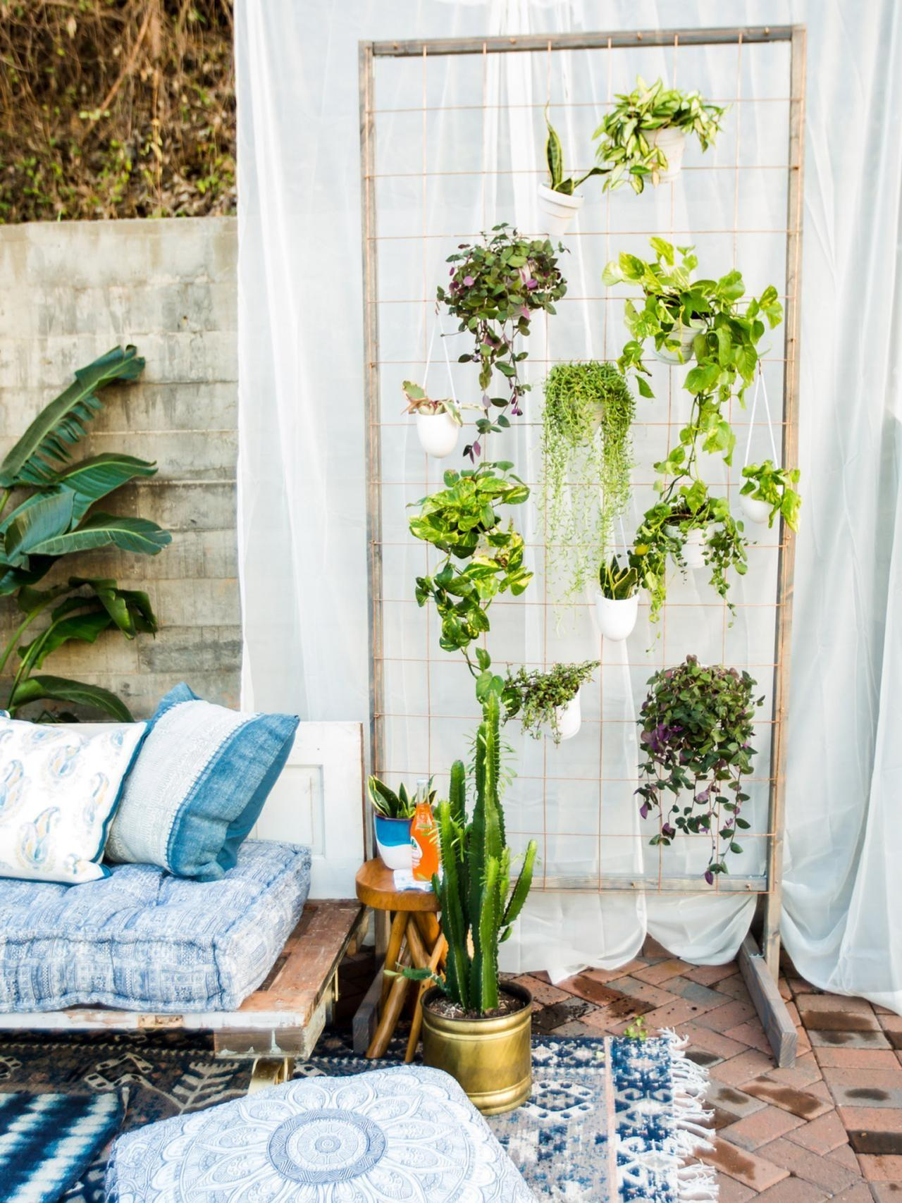 Make Diy Privacy Plant Wall