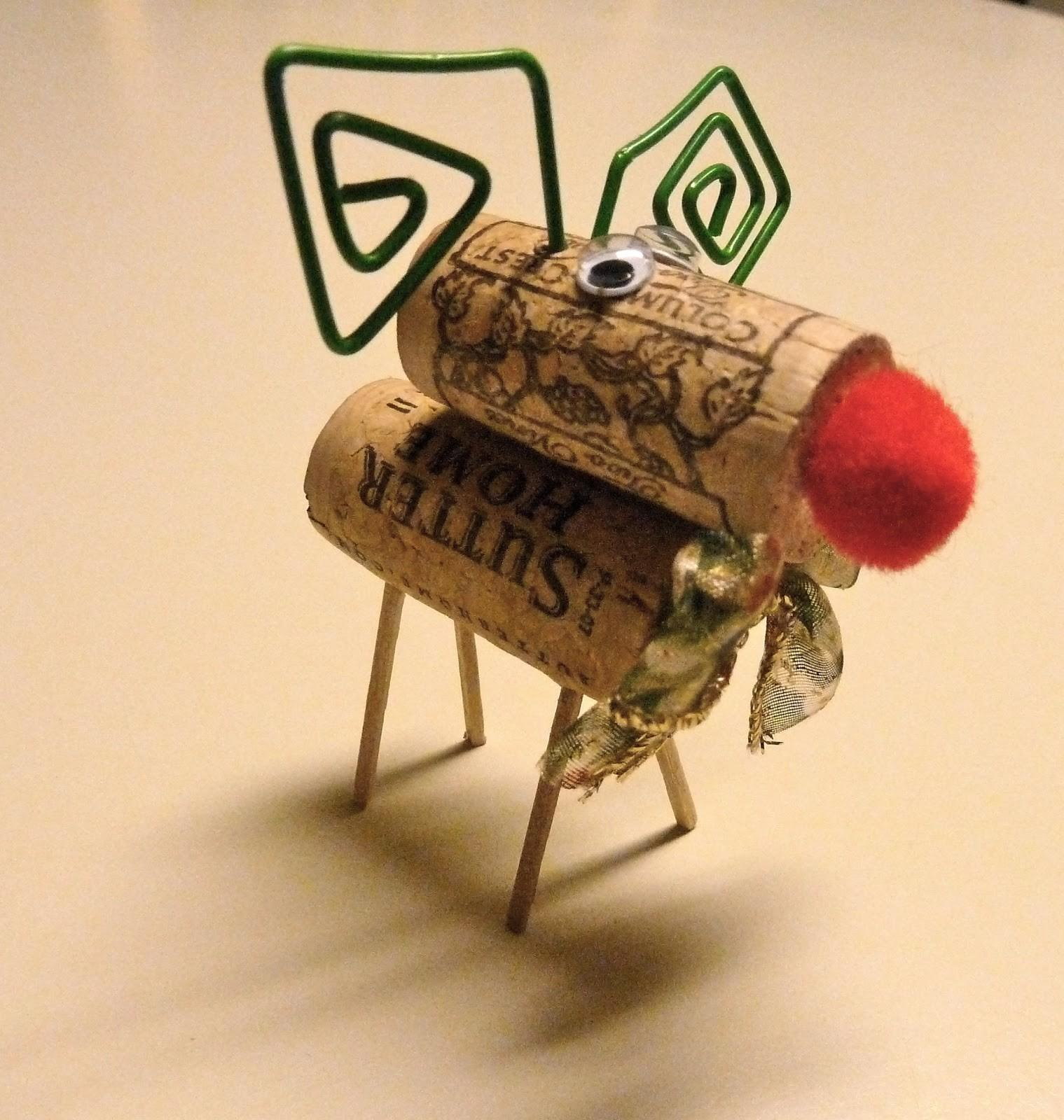 Make Easy Crafts Wine Cork Christmas Reindeer