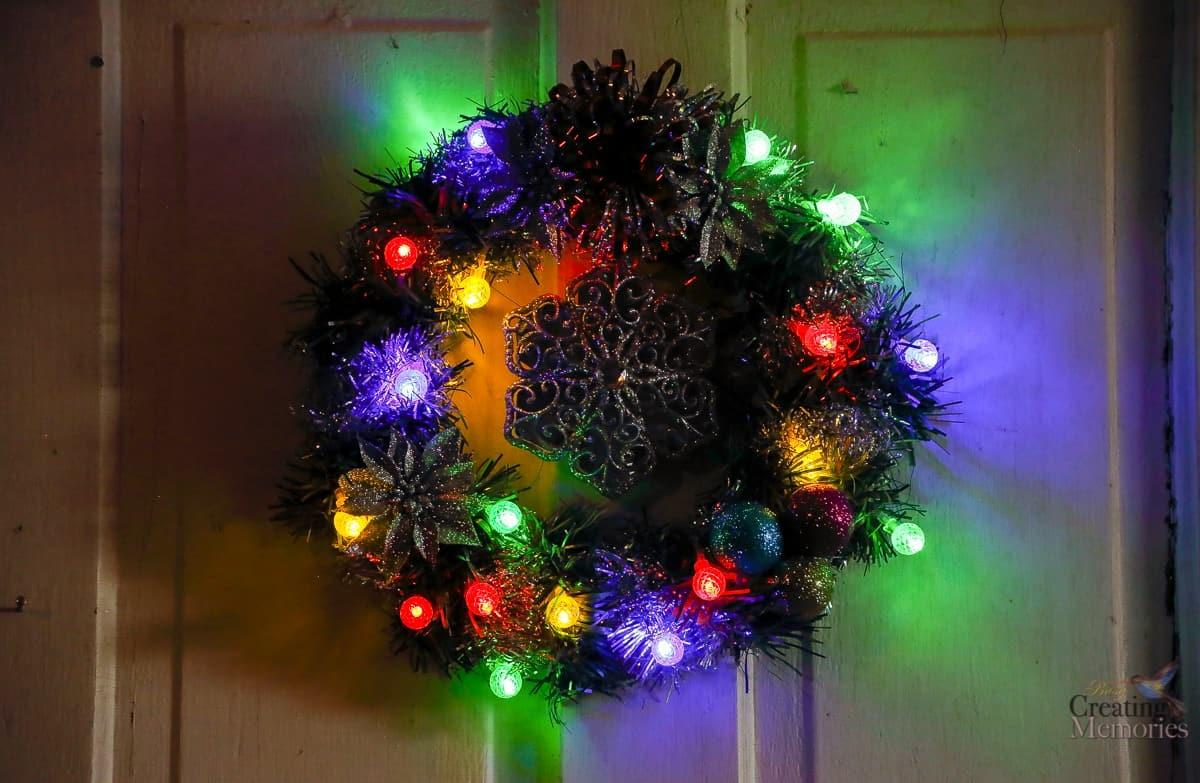 Make Easy Diy Lighted Christmas Wreath Under