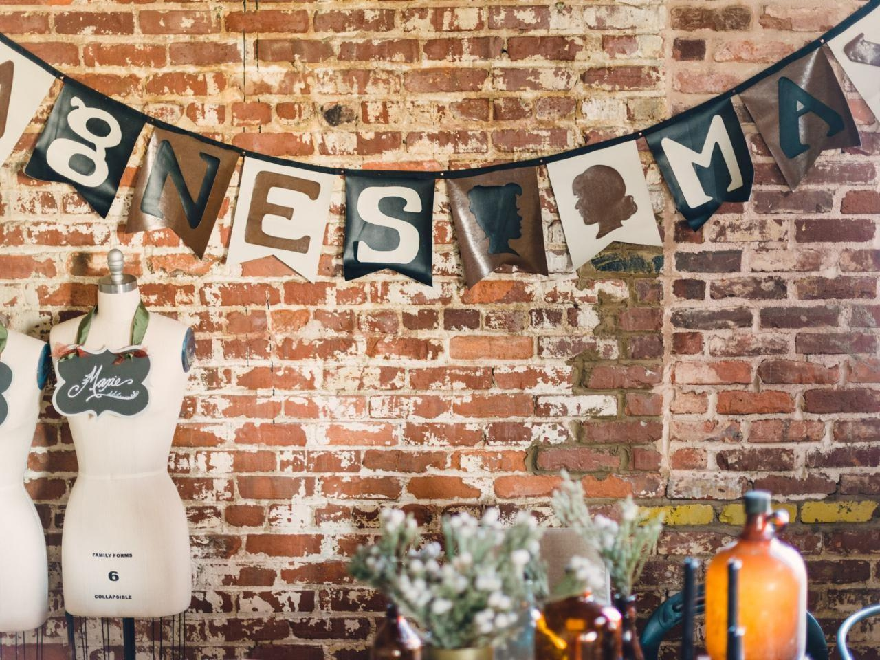 Make Faux Leather Steampunk Style Party Banner