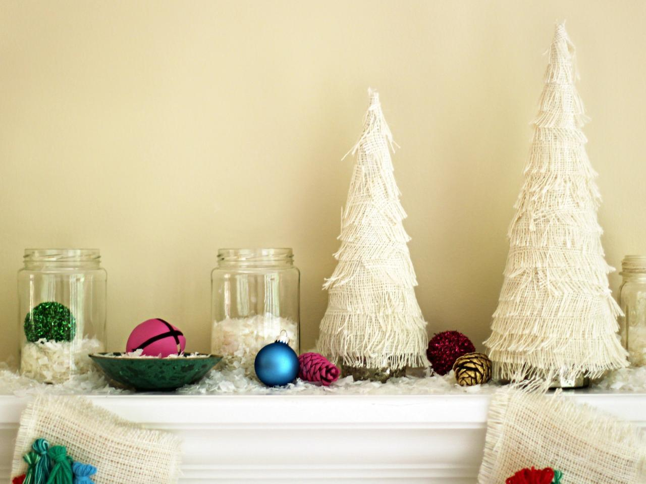 Make Fringed Christmas Tree Centerpiece Tos